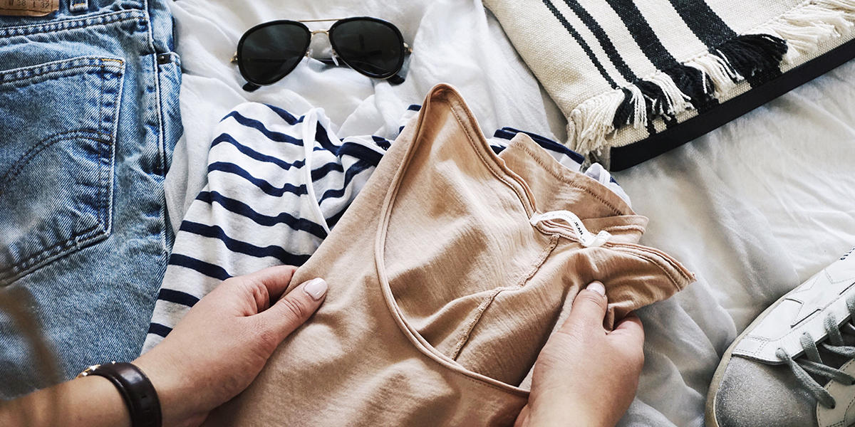 10 Things Your Should Never Post in Your Checked Bag