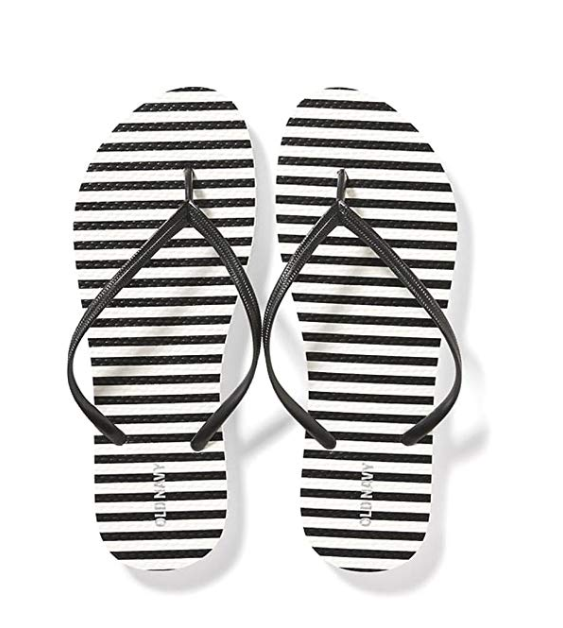 Great shoe for summer vacation: Old Navy flip flop