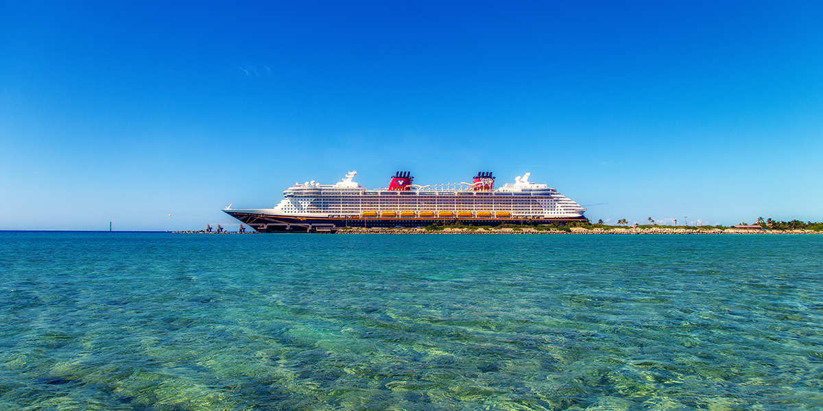 The 10 Key Items to Pack for a Cruise Trip