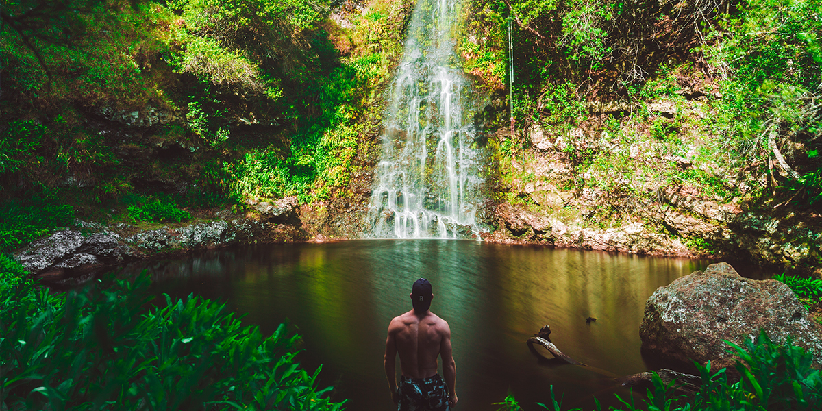 What to Pack for Hawaii, Waterfall View