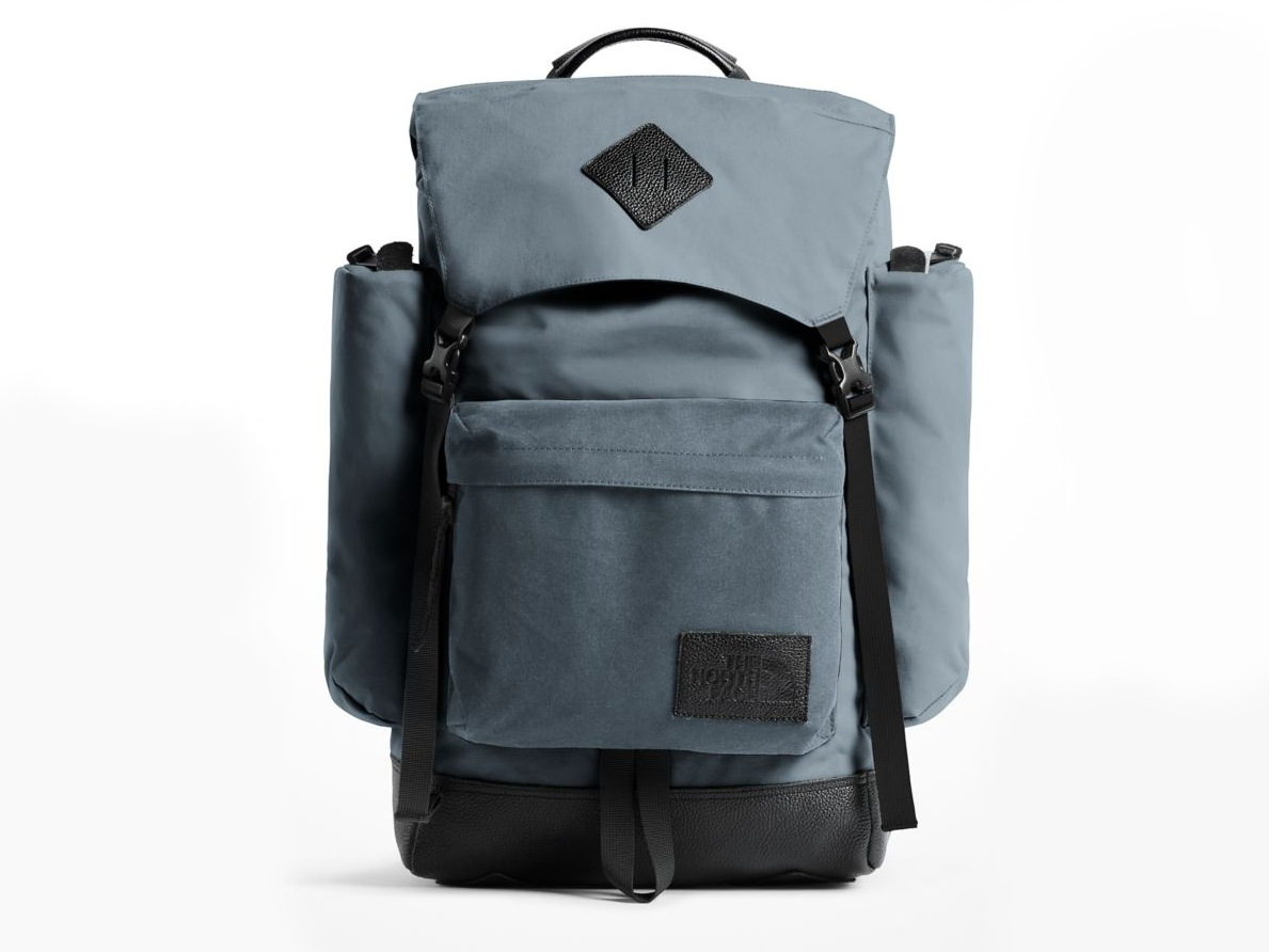 the north face 34-liter capacity rucksack