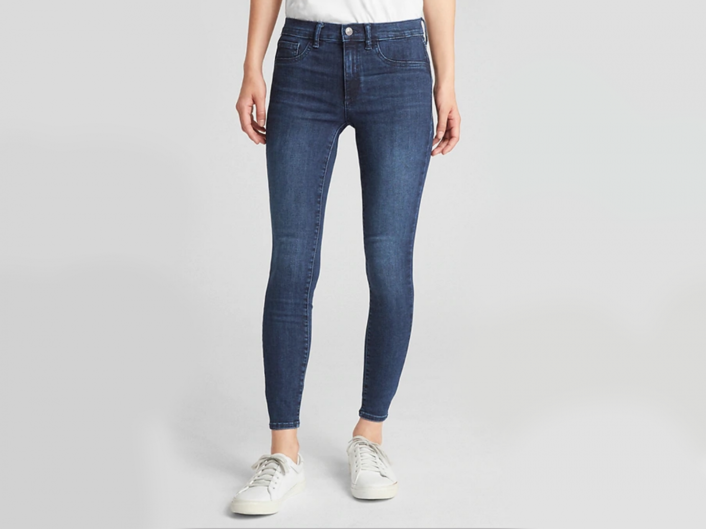 Mid Rise Favorite Ankle Jeggings