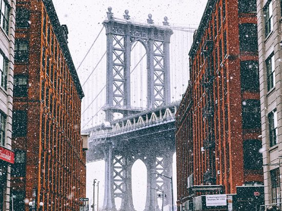 New York City Weather and Seasons - Snowy Brooklyn Bridge