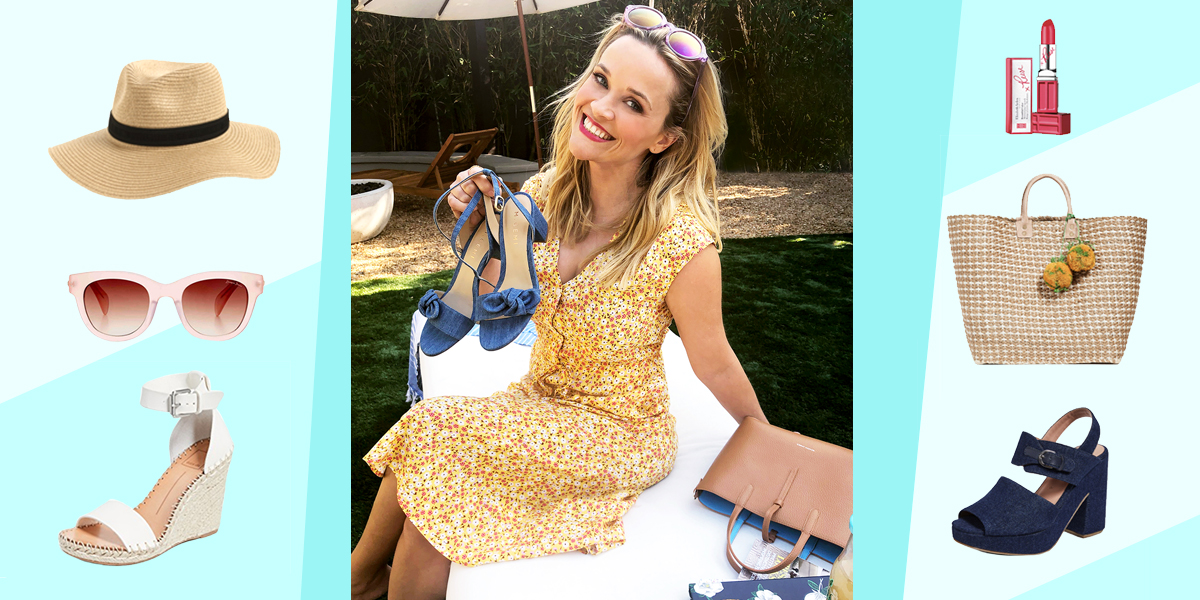 Reese Witherspoon's Iconic Travel Style—And How to Recreate It for Yourself