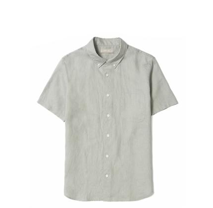 Everlane The Linen Short-Sleeve Standard Fit Shirt.