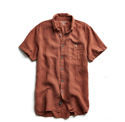 Todd Snyder SHORT SLEEVE LINEN BUTTON DOWN SHIRT IN RUST.