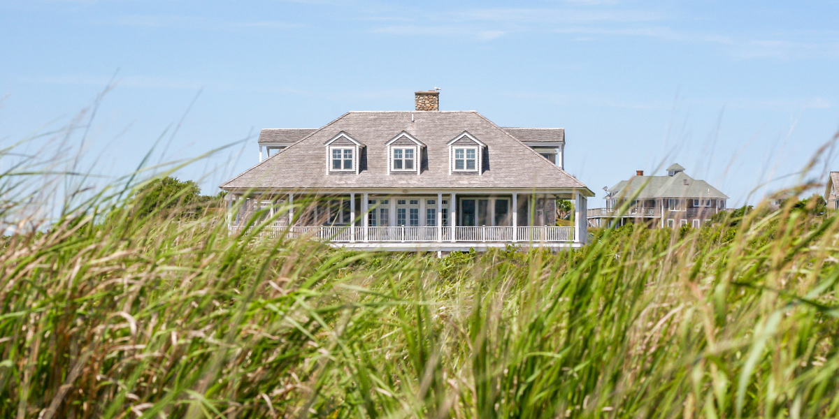 The Ultimate Hamptons Packing List.