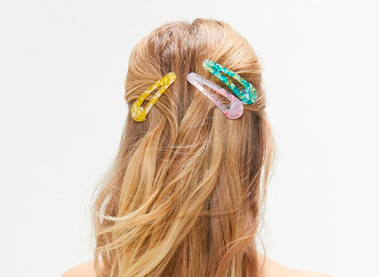 Urban Outfitters Chunky Flip Clip Set.
