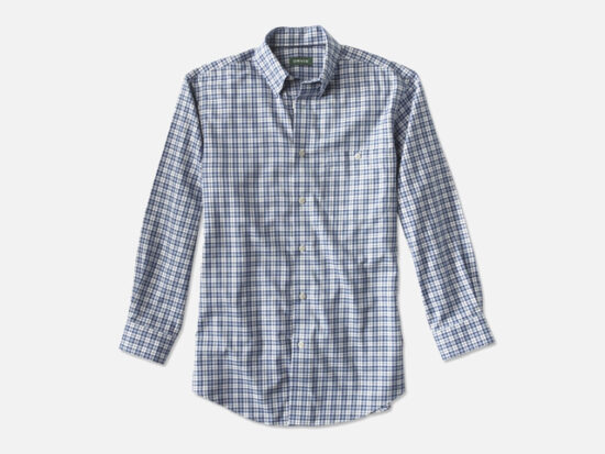 HIDDEN-BUTTON-DOWN WRINKLE-FREE COTTON TWILL SHIRT.