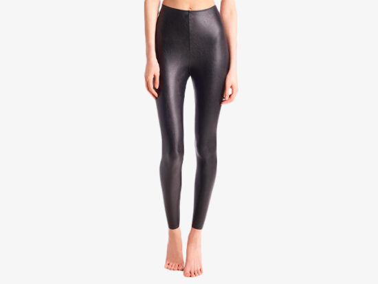 FAUX LEATHER LEGGING WITH PERFECT CONTROL.