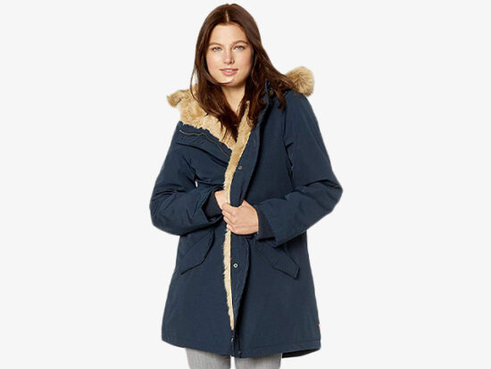 Levi's Women's Arctic Cloth Heavyweight Performance Faux Fur Parka Jacket.