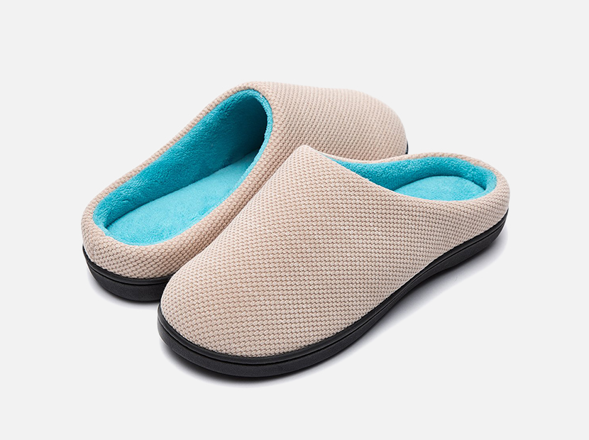 RockDove Women's Original Two-Tone Memory Foam Slipper.