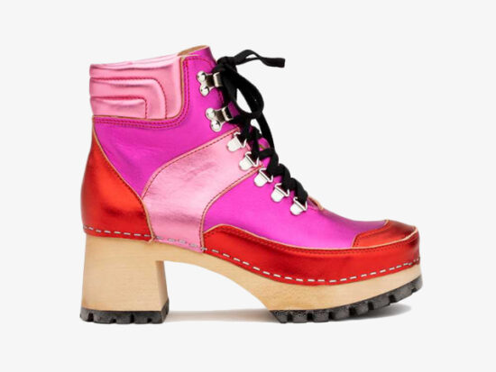 TRAIL BOOT CLOG RED/PINK METALLIC COMBO.