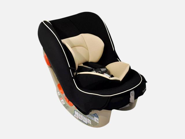 Combi Coccoro Convertible Car Seat.