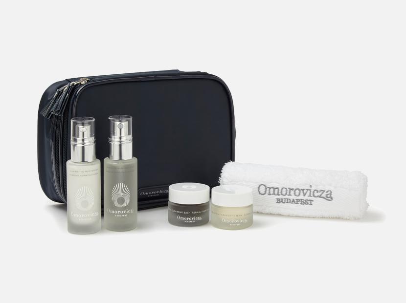 Essentials Collection OMOROVICZA.