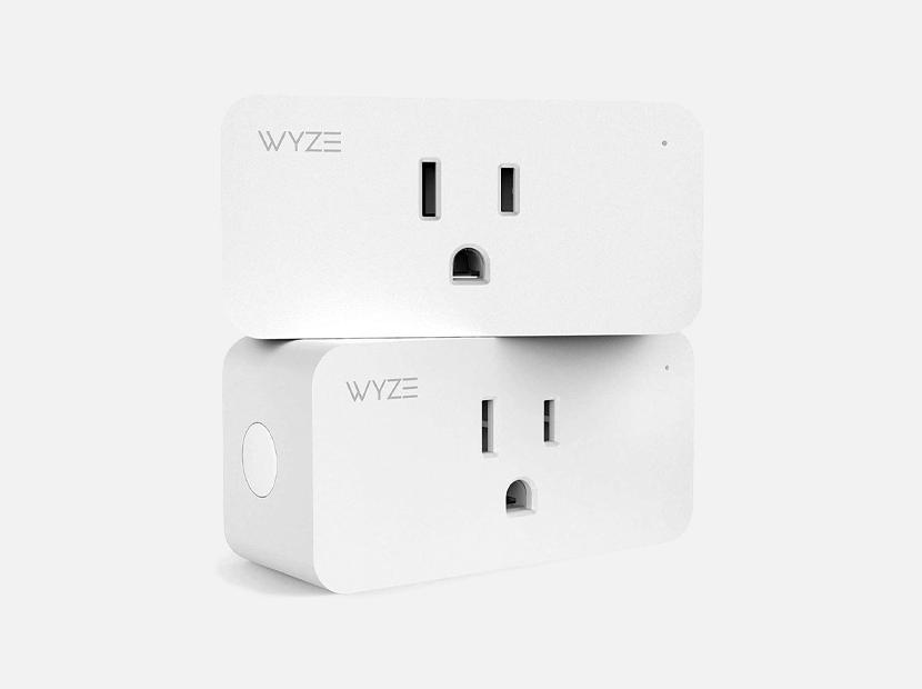Wyze Plug, Compact WiFi Smart Plug.